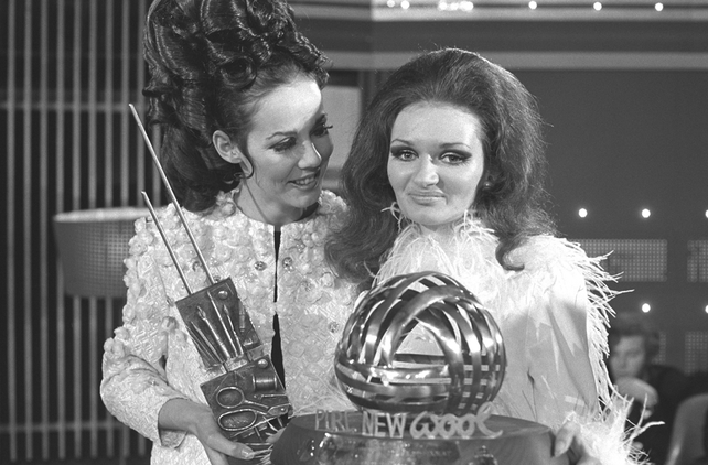 Model Liz Willoughby (left) and fashion designer Colette Dowling