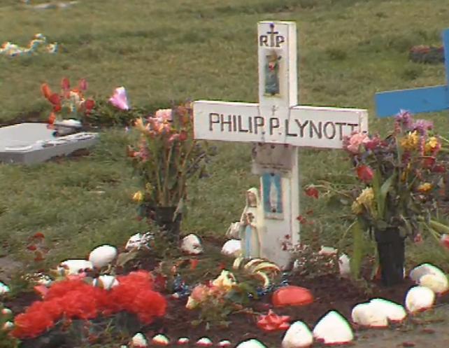 Phil Lynott's Grave in 1987