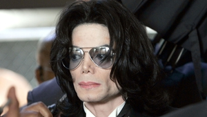 Michael Jackson: I can wear make-up