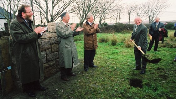Michael D Higgins turns the sod on TnaG (1996)