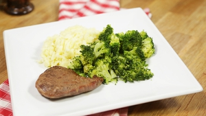 Operation Transformation's Steak and Garlic Mash