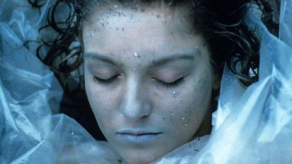 Sheryl Lee as Twin Peaks' mystery girl Laura Palmer - will she return?