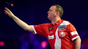 Glen Durrant capitalised on Jamie Hughes' poor finishing at Lakeside
