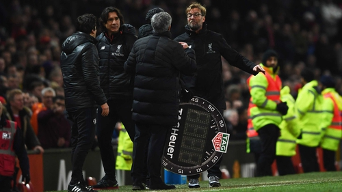 Jurgen Klopp and Jose Mourinho squabble at Old Trafford