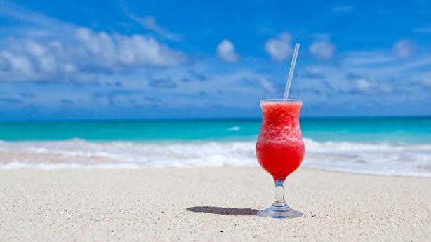 Beach Cocktail time - virgin or an alternative