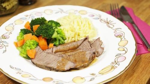 OT: Roast Beef Dinner with Gravy