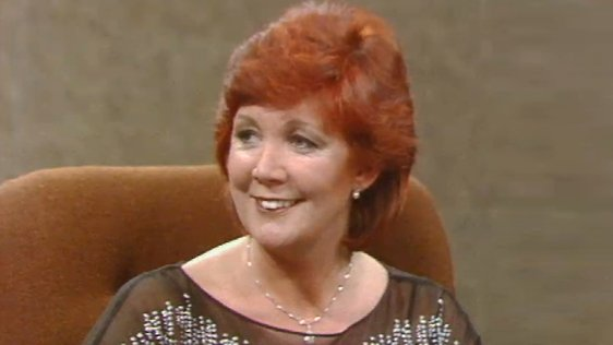 Cilla Black on The Late Late Show (1982)
