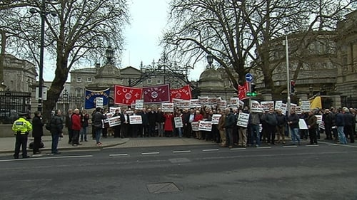 Those affected by the issue protested outside the Dáil yesterday afternoon