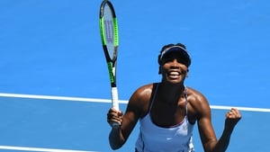 Venus Williams is through to the semi-final of the Australian Open