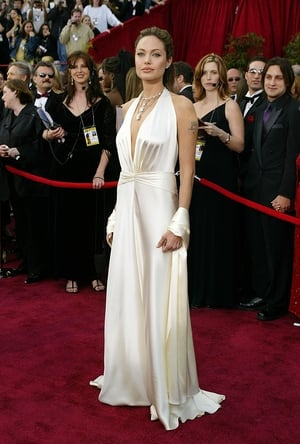 Angelina Jolie in Marc Bouwer (2004)
