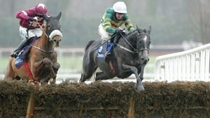 Bleu et Rouge holds (R) winning at Leopardstown last year