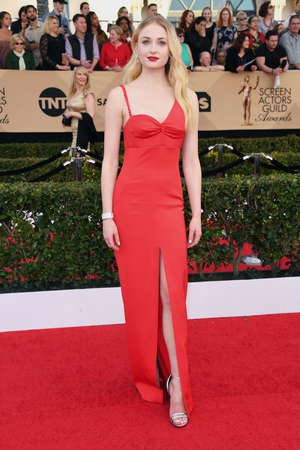 Game of Thrones Sophie Turner is all growed up in Louis Vuitton.