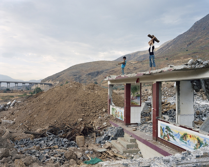 """Mother River"", a photographic exhibition by Yan Wang Preston"