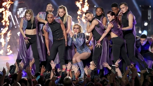 Lady Gaga at the Super Bowl - Let the music do the talking