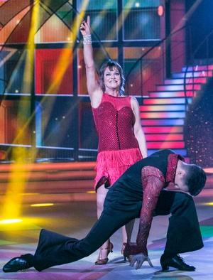 Week 5: Teresa Mannion brought Saturday Night Fever to her Sunday evening samba.