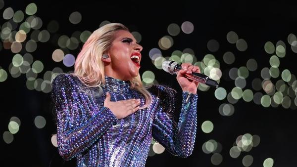 Bad ro-dance: Gaga comes a cropper in Las Vegas