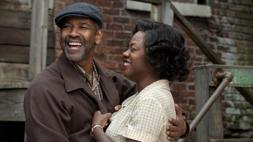 Denzel Washington and Viola Davis give stellar performances as Troy and Rose Maxson