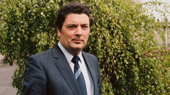 John Hume outside Leinster House, Dublin, in May 1983.
