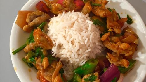 Lina Gautam Chicken Chilli