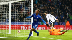 Demarai Gray celebrates after scoring of Leicester City's third goal
