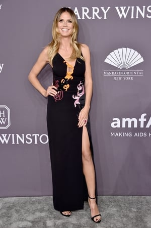 Supermodel Heidi Klum was drop dead gorgeous in a Versace PreFall collection frock.