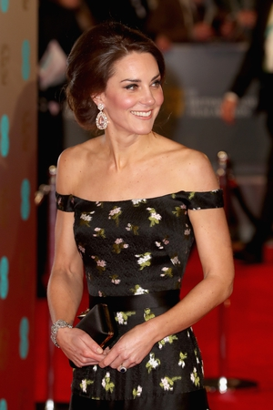 Best: Kate Middleton nailed her first Bafta's appearance thanks to this stunning Alexander McQueen dress #Iwantit