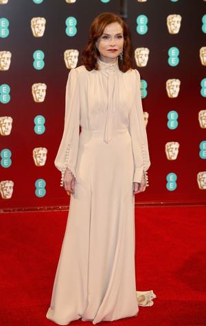 Isabelle Huppert looked elegant in vintage inspired Chloe.