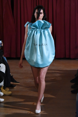Sunday Day 4: A model at the Vaquera fashion show wearing a Tiffany & Co. inspired bag... it's a concept!