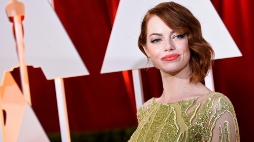 To countdown to this year's Academy Awards, we're looking at some of Hollywood's best dressed every day until this year's show. Today, let's kick off with La La Land nominee Emma Stone!