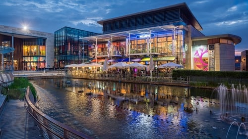 Hammerson dumps nine retail parks for £455mln