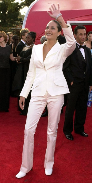 Only Angelina could make a simple white suit Oscar worthy in 2001.