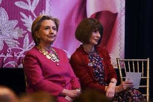 Hillary Clinton and Anna Wintour during a ceremony commemorating designer Oscar de la Renta.