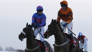 Stabelmates Cue Card and Thistlecrack are in line to meet again