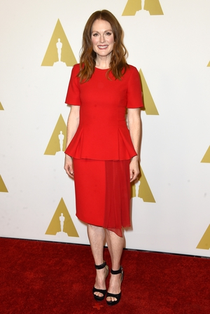 Julianne is on fire in this Prabal Gurung dress for the 2015 Oscars Nominees Luncheon!