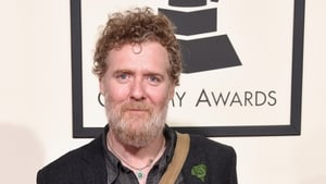 Glen Hansard is to be honoured at tonight's Oscar Wilde party