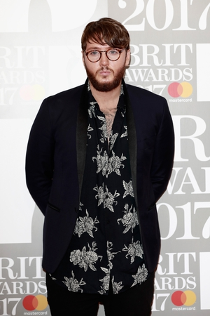 James Arthur looking dandy on the red carpet.