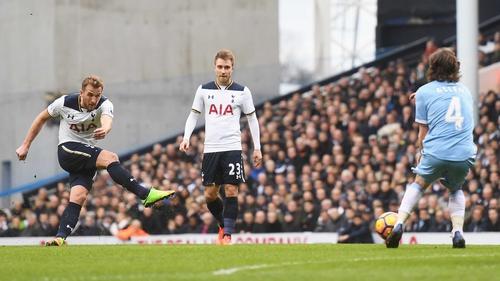 Harry Kane fires home Tottenham's third goal