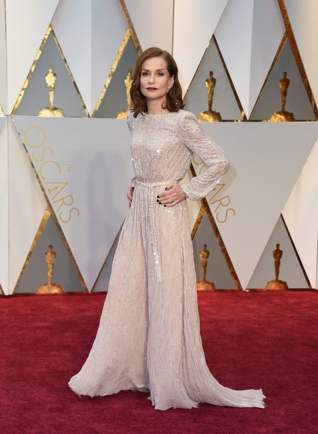 Nominee For Best Actress Elle Isabelle Huppert Looks Old School Hollywood In This Glitzy
