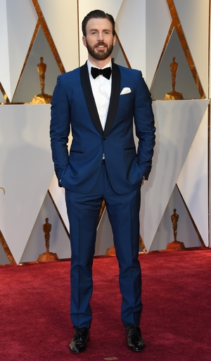 Chris Evans stands out in a beautiful blue tux