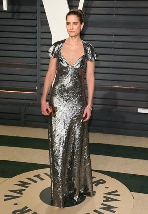 Amanda Peet shimmers in Michael Kors.