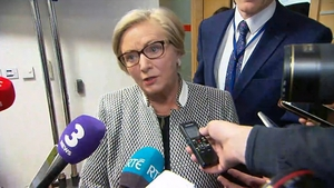 Frances Fitzgerald said she has full confidence in the garda commissioner