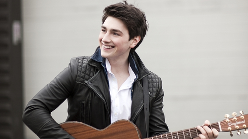 Brendan Murray duets with Austrian's Eurovision contestant Nathan Trent