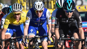 Dan Martin (C) moved up to second overall