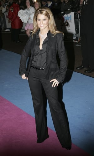 Cheryl Tweedy looks sensible in a suit while attending the premiere of 'It's A Boy Girl Thing' in 2006