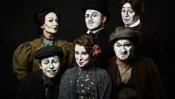 The cast of Corn Exchange's revival of Michael West's Dublin By Lamplight.