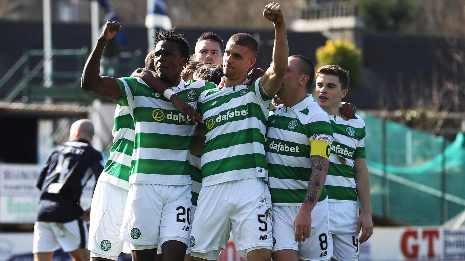 Celtic on brink of title after Dundee victory