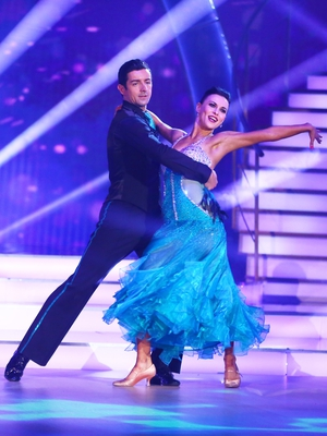 Week 11: Aidan and Valeria's second performance saw the couple shimmer in turquoise and black.