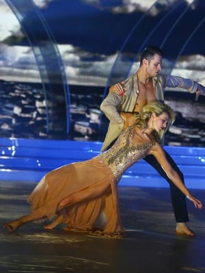 Week 11: Aoibhín looked gorgeous in gold for her Viennese Waltz with Vitali.