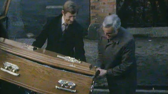 Mike Murphy in a Coffin (1982)