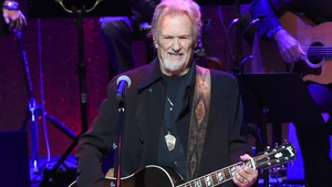 Kris Kristofferson in concert last October 2016 in Nashville. Chicago didn't go so well, according to the Chicago Tribune.